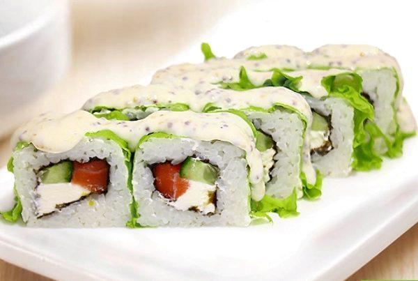 Салат суши с сливочным сыром